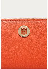 Pomarańczowy portfel TOMMY HILFIGER