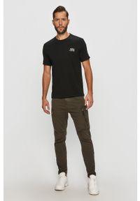 Czarny t-shirt Guess Jeans na co dzień, casualowy