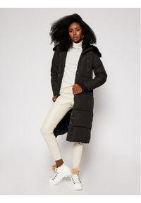 Czarny płaszcz zimowy Desigual