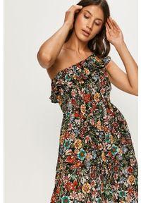 Wielokolorowa sukienka Answear Lab na ramiączkach, w kwiaty