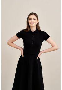 Marie Zélie - Sukienka Polo czarna trapezowa krótki rękaw. Okazja: na co dzień, do pracy. Typ kołnierza: polo. Kolor: czarny. Materiał: dzianina, materiał, bawełna. Długość rękawa: krótki rękaw. Typ sukienki: trapezowe. Styl: casual, wakacyjny, klasyczny, sportowy