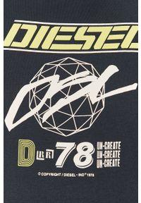 Niebieski t-shirt Diesel casualowy, z nadrukiem, na co dzień, z okrągłym kołnierzem