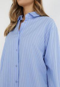 Born2be - Jasnoniebieska Koszula Cythale. Kolor: niebieski. Materiał: bawełna, jeans. Długość: długie. Wzór: paski. Styl: klasyczny, elegancki