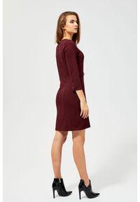 Czerwona sukienka MOODO prosta, w kratkę, casualowa