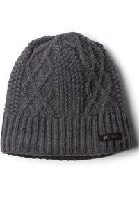 Szara czapka columbia na zimę