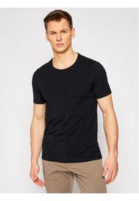 Czarny t-shirt Oscar Jacobson