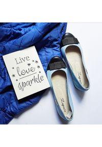 Niebieskie baleriny Zapato wąskie, do pracy, w kolorowe wzory, klasyczne