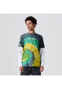 Cropp - Bawełniany t-shirt z efektem tie dye - Zielony. Kolor: zielony. Materiał: bawełna