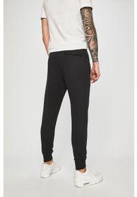 Czarne spodnie Nike Sportswear casualowe, na co dzień