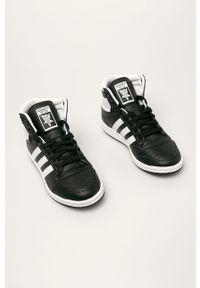 Czarne buty sportowe adidas Originals na sznurówki, z cholewką, z okrągłym noskiem