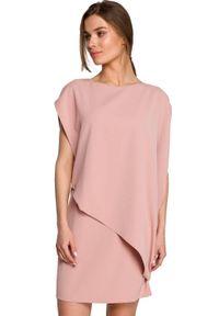 Style - Prosta sukienka warstwowa z asymetryczną falbaną różowa. Kolor: różowy. Materiał: tkanina, elastan. Typ sukienki: proste, asymetryczne
