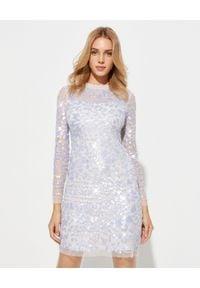 NEEDLE & THREAD - Tiulowa sukienka z cekinami. Okazja: na imprezę. Kolor: beżowy. Materiał: tiul. Długość rękawa: długi rękaw. Wzór: aplikacja. Typ sukienki: dopasowane, kopertowe. Styl: klasyczny, glamour. Długość: mini