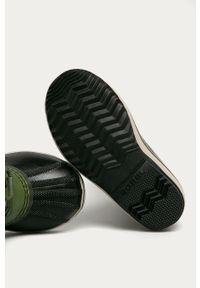 Zielone buty zimowe sorel z cholewką, z okrągłym noskiem