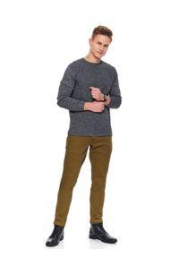 Beżowe spodnie TOP SECRET długie, klasyczne