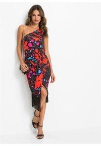 Sukienka one-shoulder bonprix czarny w kwiaty. Kolor: czarny. Wzór: kwiaty