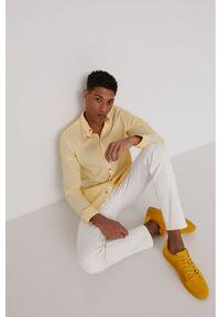 medicine - Medicine - Koszula Basic. Typ kołnierza: kołnierzyk klasyczny. Kolor: żółty. Długość rękawa: długi rękaw. Długość: długie. Styl: klasyczny