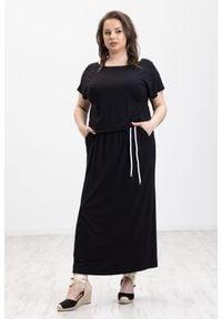 Czarna sukienka Moda Size Plus Iwanek boho, z krótkim rękawem