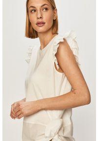 Silvian Heach - T-shirt. Okazja: na co dzień. Kolor: biały. Materiał: dzianina. Wzór: gładki. Styl: casual