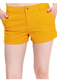 Żółte szorty TOP SECRET casualowe, w grochy