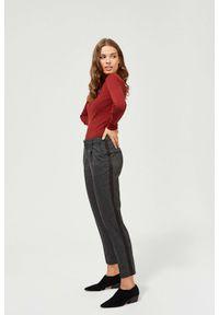MOODO - Spodnie w kratkę z lampasami. Materiał: poliester, wiskoza, elastan. Długość: długie. Wzór: kratka