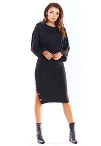Czarny sweter oversize Awama