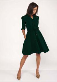 Zielona sukienka wizytowa Lanti ze stójką