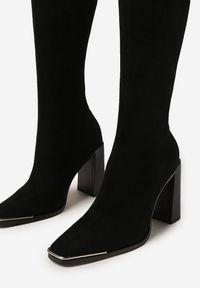 Born2be - Czarne Kozaki Auxopis. Wysokość cholewki: za kolano. Kolor: czarny. Szerokość cholewki: normalna. Wzór: aplikacja. Obcas: na obcasie. Wysokość obcasa: wysoki