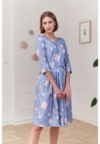 Marie Zélie - Sukienka Elina Anates błękitna 34 niebieski. Kolor: niebieski. Materiał: satyna, materiał, bawełna. Długość rękawa: krótki rękaw. Typ sukienki: rozkloszowane. Styl: klasyczny