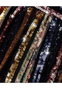 SELF PORTRAIT - Wielokolorowa sukienka z cekinów. Okazja: na sylwestra. Kolor: niebieski. Długość rękawa: na ramiączkach. Wzór: aplikacja, paski, kolorowy. Typ sukienki: kopertowe, rozkloszowane. Styl: klasyczny. Długość: midi