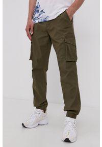 Only & Sons - Spodnie. Kolor: zielony. Materiał: bawełna