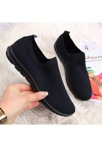Czarne buty sportowe NEWS bez zapięcia
