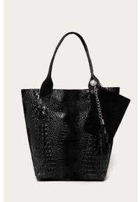 Czarna shopperka Answear Lab duża, wakacyjna, na ramię