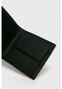 Lacoste - Portfel. Kolor: czarny. Materiał: materiał. Wzór: gładki