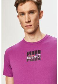 Fioletowy t-shirt Puma z nadrukiem