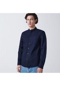 Cropp - Koszula ze stójką - Granatowy. Typ kołnierza: kołnierzyk stójkowy. Kolor: niebieski