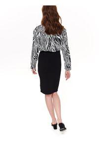 Czarna spódnica TOP SECRET w kolorowe wzory, na wiosnę