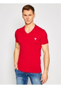 Guess T-Shirt M1RI32 J1311 Czerwony Super Slim Fit. Kolor: czerwony