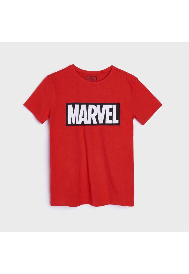 Sinsay - Koszulka Marvel - Czerwony. Kolor: czerwony. Wzór: motyw z bajki