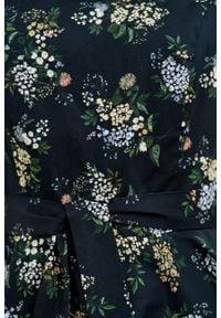 Marie Zélie - Sukienka Alana Musa krótki rękaw. Typ kołnierza: kokarda. Materiał: elastan, skóra, materiał, bawełna. Długość rękawa: krótki rękaw. Styl: wizytowy, elegancki