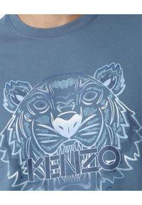 Kenzo - KENZO - Niebieska koszulka Gradient Tiger. Kolor: niebieski. Materiał: bawełna, jeans. Wzór: gradientowy. Styl: klasyczny
