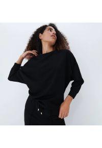 Mohito - Gładka bluza - Czarny. Kolor: czarny. Wzór: gładki