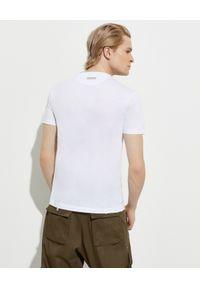 Les Hommes - LES HOMMES - Biały t-shirt z nadrukiem. Okazja: na co dzień. Kolor: biały. Materiał: jeans, bawełna. Wzór: nadruk. Styl: casual