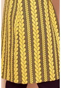 Numoco - Długa żakardowa narzutka z kapturem i kieszonkami. Typ kołnierza: kaptur. Materiał: żakard. Długość: długie. Styl: elegancki