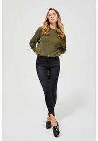 MOODO - Jeansy medium waist z dżetami. Długość: długie. Wzór: gładki