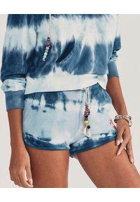 LOVE SHACK FANCY - Bawełniane spodenki Careen. Kolor: niebieski. Materiał: bawełna. Wzór: aplikacja