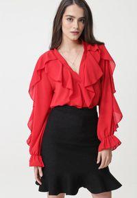 Czerwona bluzka Born2be