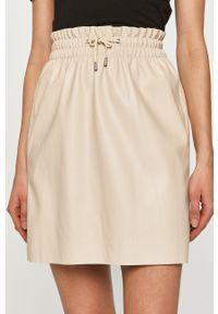 Vero Moda - Spódnica. Kolor: beżowy