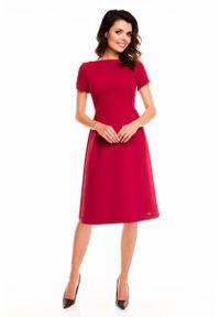 Czerwona sukienka wizytowa Awama midi, z krótkim rękawem