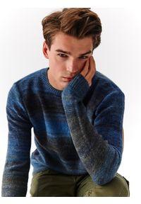 Niebieski sweter TOP SECRET elegancki, melanż