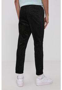 Only & Sons - Spodnie. Okazja: na co dzień. Kolor: czarny. Materiał: tkanina. Wzór: gładki. Styl: casual